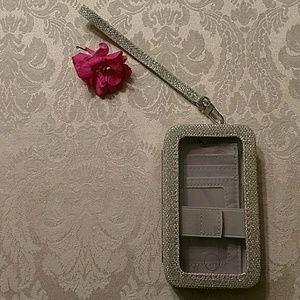 Accessories - Sparkly silver phone case wristlet